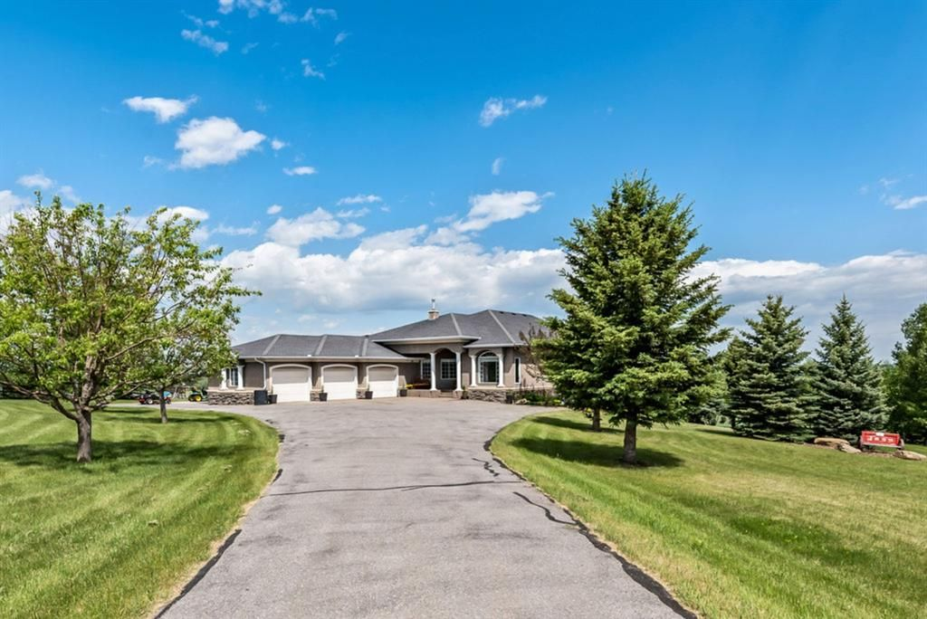 Main Photo: 9 Red Willow Crescent W: Rural Foothills County Detached for sale : MLS®# A1142561