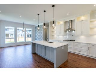 Photo 8: 4410 EMILY CARR Place in Abbotsford: Abbotsford East House for sale : MLS®# R2397608