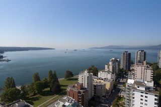 """Photo 15: 102 1330 HARWOOD Street in Vancouver: West End VW Condo for sale in """"WESTSEA TOWERS"""" (Vancouver West)  : MLS®# R2563139"""
