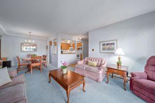 """Photo 2: 101 2491 GLADWIN Road in Abbotsford: Abbotsford West Condo for sale in """"LAKEWOOD GARDENS"""" : MLS®# R2477797"""