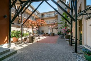 """Photo 25: 102 2 RENAISSANCE Square in New Westminster: Quay Condo for sale in """"The Lido"""" : MLS®# R2467538"""