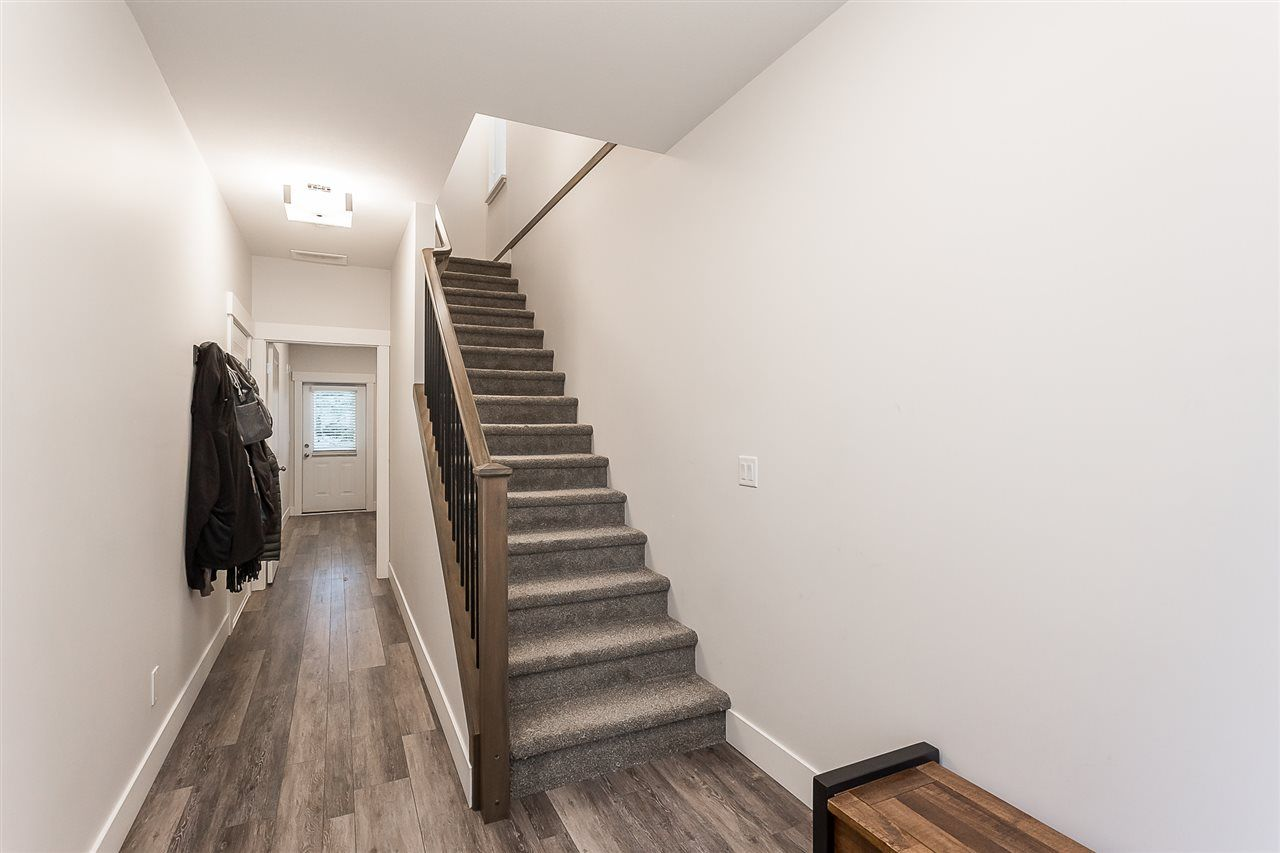 """Photo 33: Photos: 4 4295 OLD CLAYBURN Road in Abbotsford: Abbotsford East House for sale in """"Sunspring Estates"""" : MLS®# R2562456"""