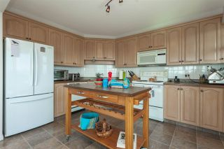 "Photo 13: 1404 32440 SIMON Avenue in Abbotsford: Abbotsford West Condo for sale in ""Trethewey Tower"" : MLS®# R2461982"