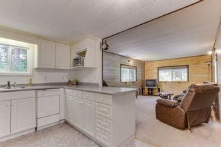 "Photo 8: 62 20071 24 Avenue in Langley: Brookswood Langley Manufactured Home for sale in ""Fernridge"" : MLS®# R2465265"