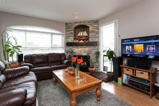"""Photo 3: 315 6336 197 Street in Langley: Willoughby Heights Condo for sale in """"Rockport"""" : MLS®# R2122870"""