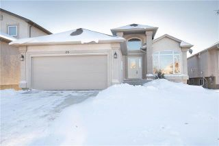 Photo 1: 28 Gardenton Avenue in Winnipeg: North Meadows Residential for sale (4L)  : MLS®# 1832088