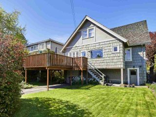 Photo 4: 1764 W 57TH Avenue in Vancouver: South Granville House for sale (Vancouver West)  : MLS®# R2366542