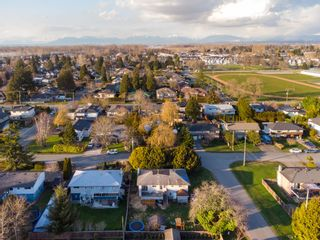 Photo 18: 4892 44B Avenue in Delta: Ladner Elementary House for sale (Ladner)  : MLS®# R2549937