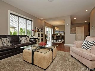 Photo 4: 4050 Copperfield Lane in VICTORIA: SW Glanford House for sale (Saanich West)  : MLS®# 704184