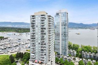"Photo 20: 2202 1228 W HASTINGS Street in Vancouver: Coal Harbour Condo for sale in ""Palladio"" (Vancouver West)  : MLS®# R2485869"
