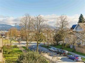 Main Photo: 301 2121 W 6th Avenue in Vancouver: Kitsilano Condo for sale (Vancouver West)  : MLS®# R2151174