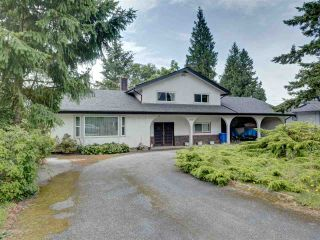 Photo 2: 6447 SAMRON Road in Sechelt: Sechelt District House for sale (Sunshine Coast)  : MLS®# R2473484