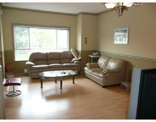 Photo 2: 7 8080 BENNETT Road in Richmond: Brighouse South Townhouse for sale : MLS®# V710687
