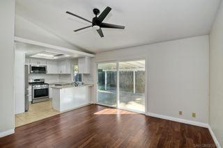 Photo 9: SPRING VALLEY House for sale : 4 bedrooms : 9498 Roseglen Pl
