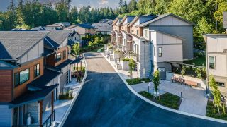 """Photo 32: 10 23415 CROSS Road in Maple Ridge: Silver Valley Townhouse for sale in """"E11even on Cross"""" : MLS®# R2607166"""