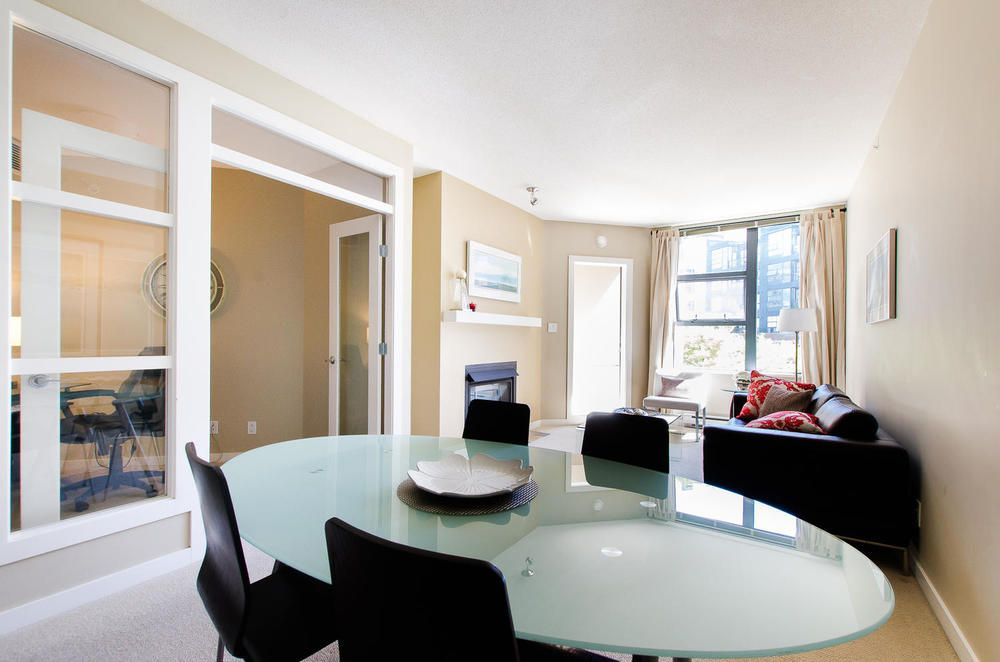 Main Photo: 214 2263 REDBUD Lane in TROPEZ: Home for sale