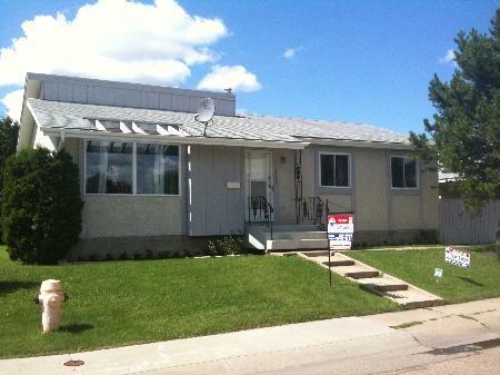 Main Photo: 15012 - 116 STREET: House for sale (Caenarvon)  : MLS®# E3271039