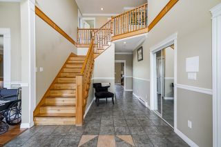 Photo 6: 19899 CONNECTING Road in Pitt Meadows: North Meadows PI House for sale : MLS®# R2595660