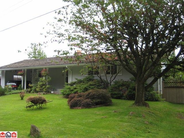 """Main Photo: 2236 GLADWIN Road in Abbotsford: Central Abbotsford House for sale in """"Mill Lake area"""""""