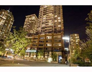 """Main Photo: 1501 977 MAINLAND Street in Vancouver: Downtown VW Condo for sale in """"YALETOWN PARK III"""" (Vancouver West)  : MLS®# V813611"""