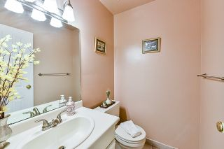 """Photo 14: 93 13880 74 Avenue in Surrey: East Newton Townhouse for sale in """"Wedgewood Estates"""" : MLS®# R2366650"""