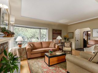 Photo 2: 3325 HIGHBURY Street in Vancouver: Dunbar House for sale (Vancouver West)  : MLS®# R2106208