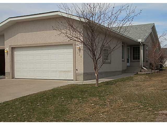 Main Photo: 130 RIVERSIDE Crescent NW: High River Residential Attached for sale : MLS®# C3612435
