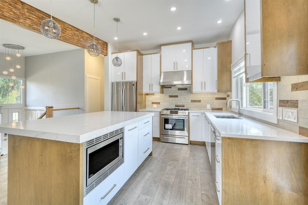 Photo 9: Photos: 12019 Canaveral Road SW in Calgary: Canyon Meadows Detached for sale : MLS®# A1126440