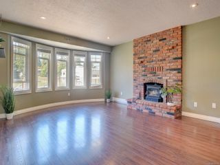 Photo 2: 683 Redington Ave in : La Thetis Heights House for sale (Langford)  : MLS®# 876510