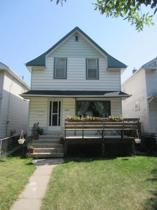 Photo 1:  in Winnipeg: House for sale