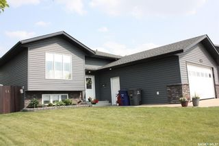 Photo 2: 307 Diefenbaker Avenue in Hague: Residential for sale : MLS®# SK863742