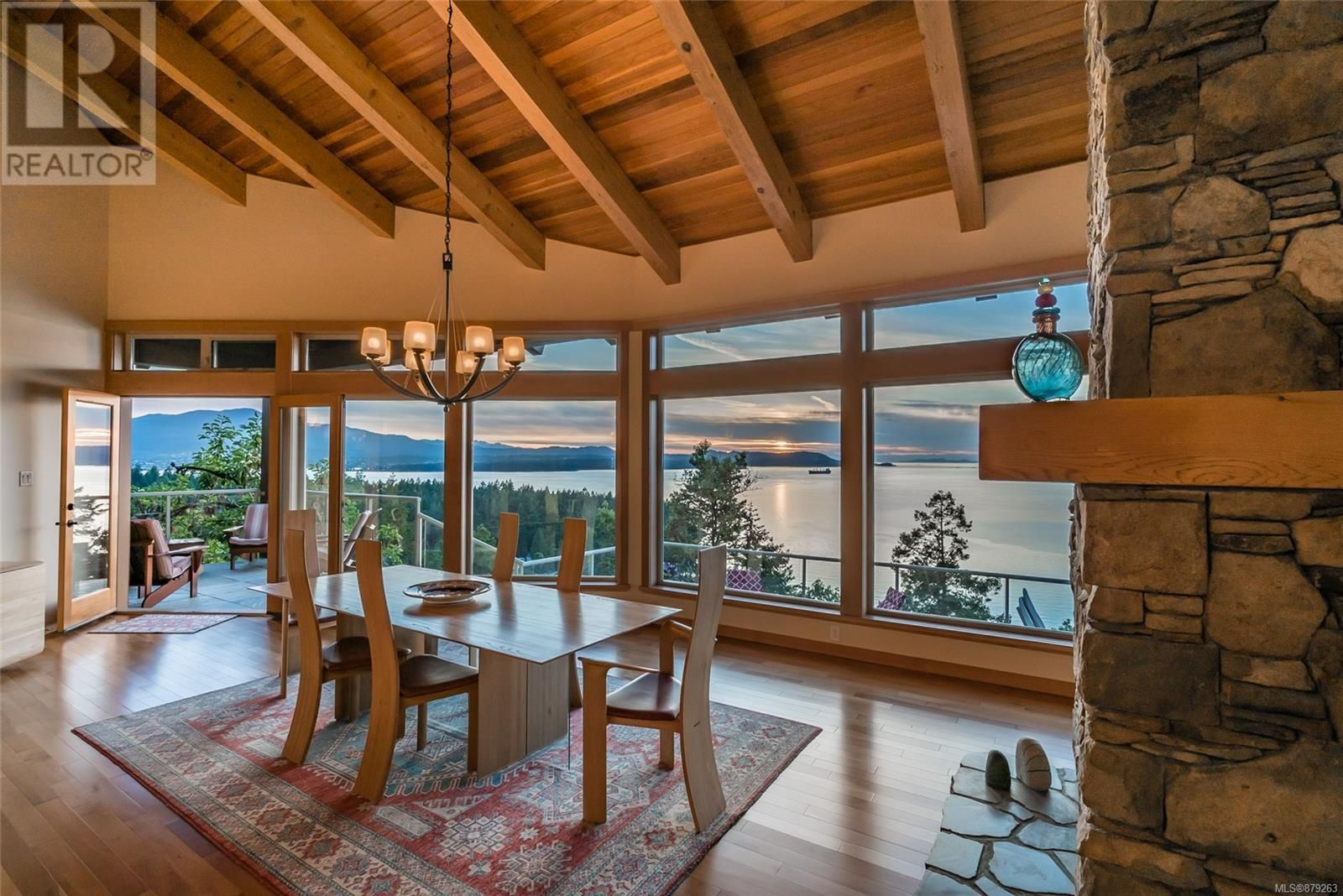 Photo 14: Photos: 825 Duthie Ave in Gabriola Island: House for sale : MLS®# 879263