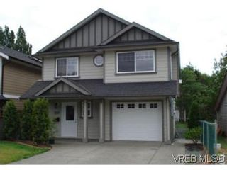 Photo 1: 959 Bray Ave in VICTORIA: La Langford Proper House for sale (Langford)  : MLS®# 507177