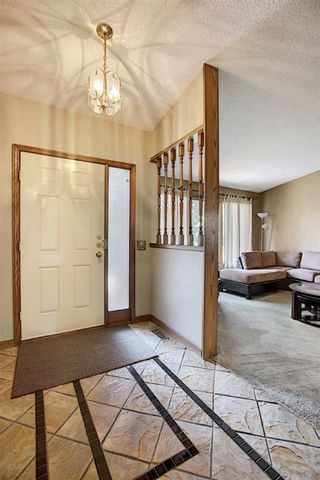 Photo 3: 172 Edendale Way NW in Calgary: Edgemont Detached for sale : MLS®# A1133694