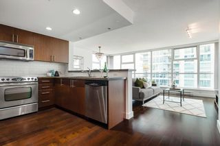 Photo 15: 1704 125 Milross in : Downtown VE Condo for sale (Vancouver East)  : MLS®# R2500854