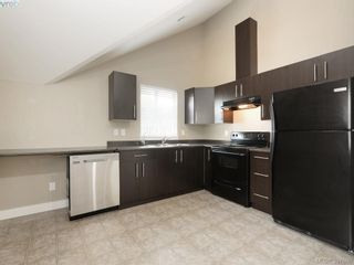 Photo 17: 1284 Parkdale Creek Gdns in VICTORIA: La Westhills House for sale (Langford)  : MLS®# 795585