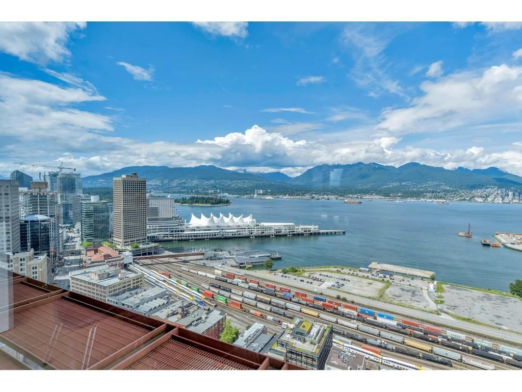 """Photo 28: Photos: 1704 128 W CORDOVA Street in Vancouver: Downtown VW Condo for sale in """"WOODWARDS"""" (Vancouver West)  : MLS®# R2592545"""