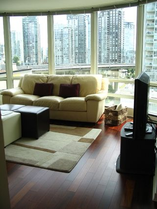 """Photo 10: 1408 1500 HORNBY Street in Vancouver: False Creek North Condo for sale in """"888 BEACH"""" (Vancouver West)  : MLS®# V720670"""