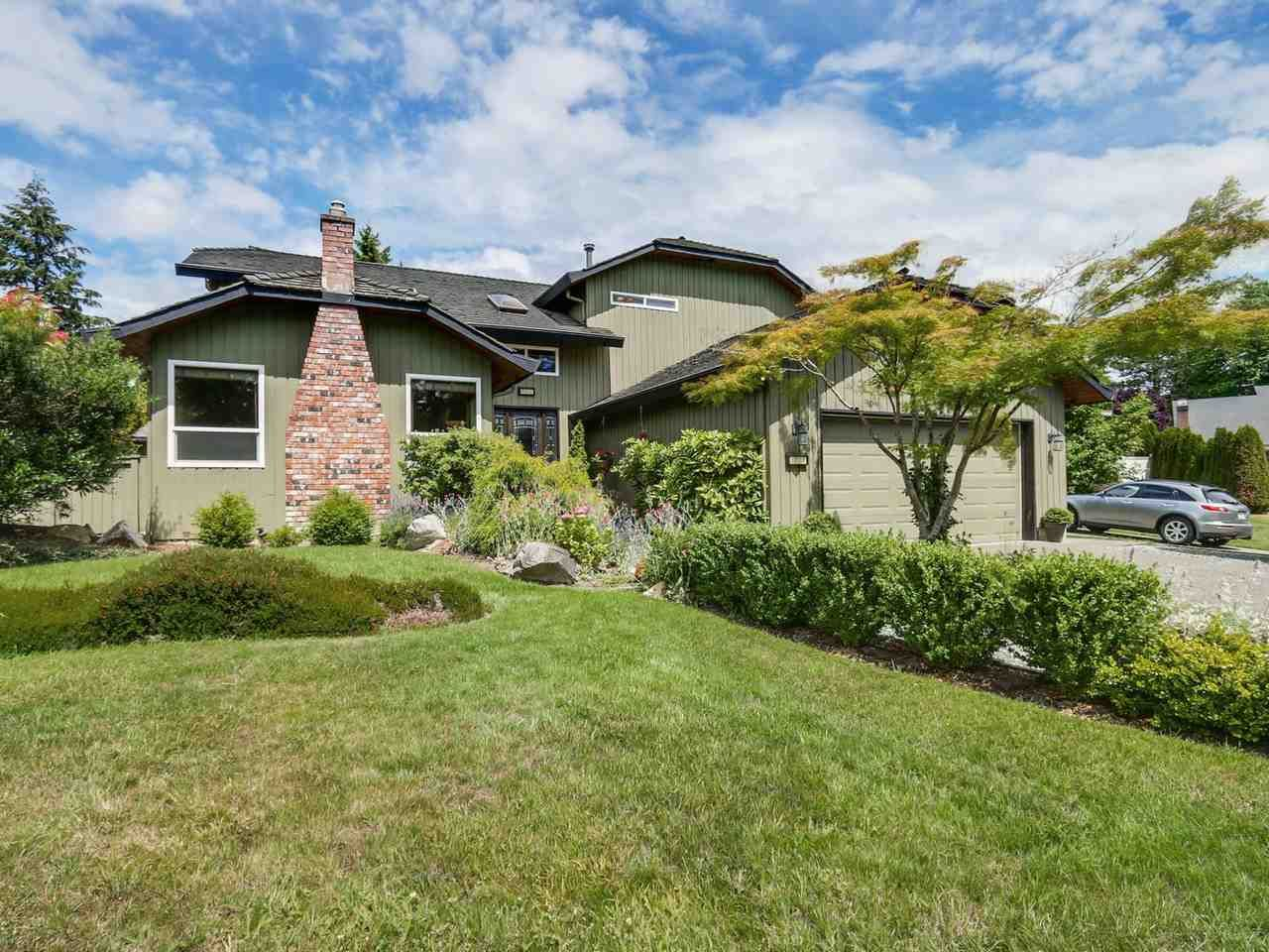 Main Photo: 6824 SANDPIPER Place in Delta: Sunshine Hills Woods House for sale (N. Delta)  : MLS®# R2081391