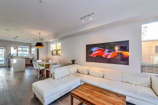 Photo 4: 10 244 E 5TH STREET in North Vancouver: Lower Lonsdale Townhouse for sale : MLS®# R2340945