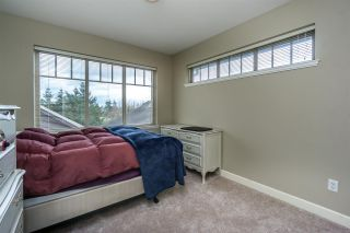 """Photo 12: 26 6238 192 Street in Surrey: Cloverdale BC Townhouse for sale in """"Bakerview Terrace"""" (Cloverdale)  : MLS®# R2248106"""