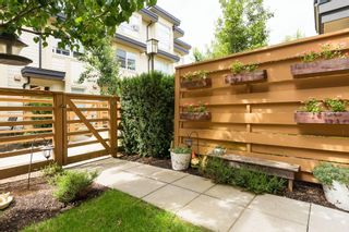 """Photo 4: 25 19477 72A Avenue in Surrey: Clayton Townhouse for sale in """"Sun at 72"""" (Cloverdale)  : MLS®# R2094312"""