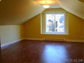 Photo 13: 2336 Echo Valley Dr in VICTORIA: La Bear Mountain House for sale (Langford)  : MLS®# 485548