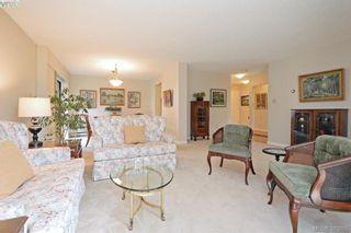 Photo 2: 305 2125 Oak Bay Ave in VICTORIA: OB South Oak Bay Condo for sale (Oak Bay)  : MLS®# 771363