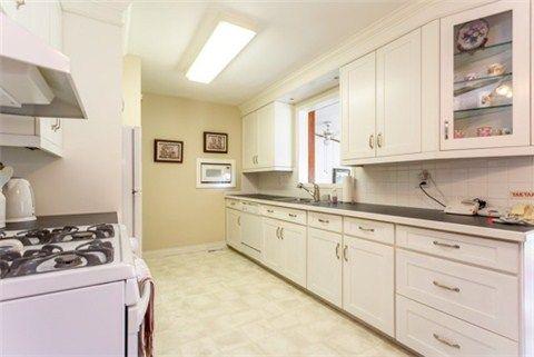 Photo 16: Photos: 15 Ferguson Avenue in Whitby: Brooklin House (Bungalow) for sale : MLS®# E3214981