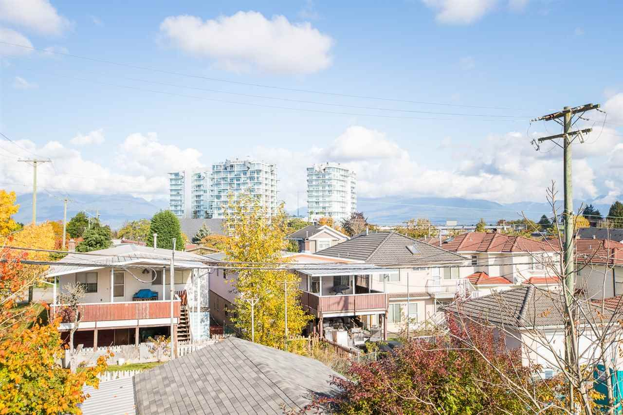 Photo 34: Photos: 2103 E 33RD Avenue in Vancouver: Victoria VE House for sale (Vancouver East)  : MLS®# R2511808