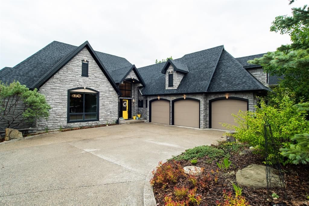 Main Photo: 38 Spring Willow Way SW in Calgary: Springbank Hill Detached for sale : MLS®# A1118248