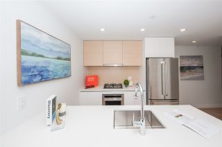 """Photo 9: 2109 525 FOSTER Avenue in Coquitlam: Coquitlam West Condo for sale in """"Lougheed Heights II"""" : MLS®# R2531526"""