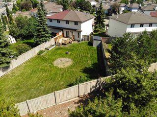 Photo 4: 9150 166 Avenue in Edmonton: Zone 28 House Half Duplex for sale : MLS®# E4251523