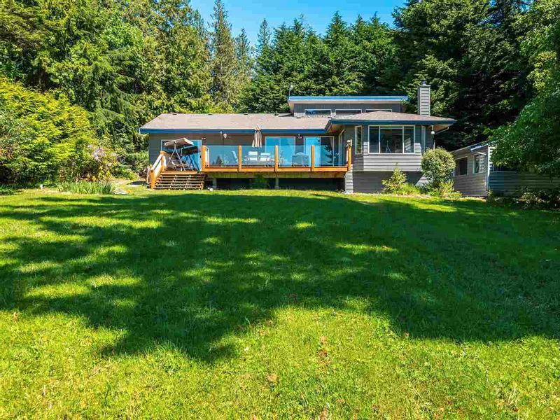 FEATURED LISTING: 7883 REDROOFFS Road Halfmoon Bay